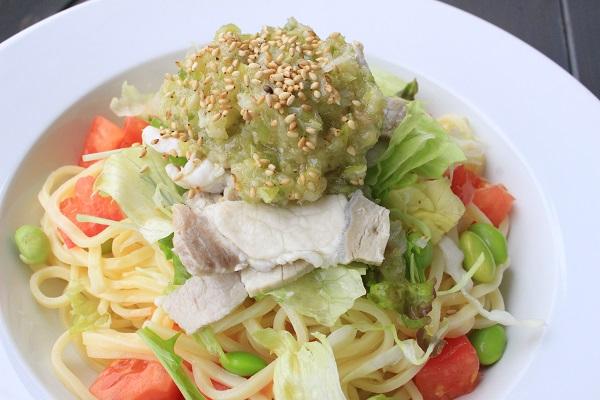東京X豚と夏野菜のネギ塩サラダパスタ
